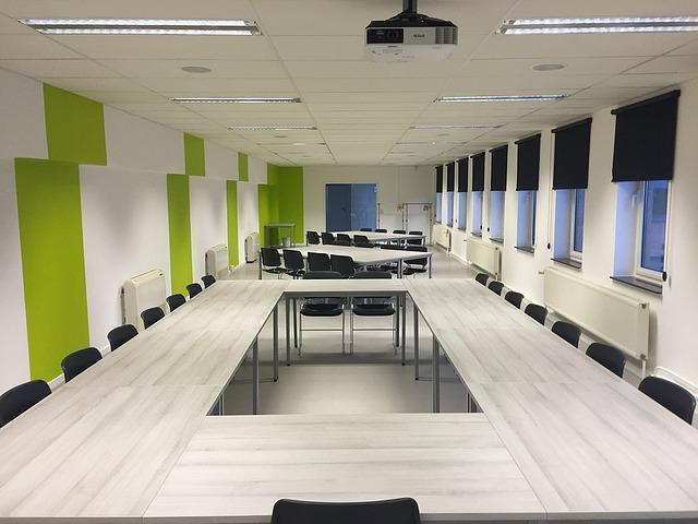 Obiekty konferencyjne z salą na szkolenie i konferencje w centrum Warszawy (mazowieckie).