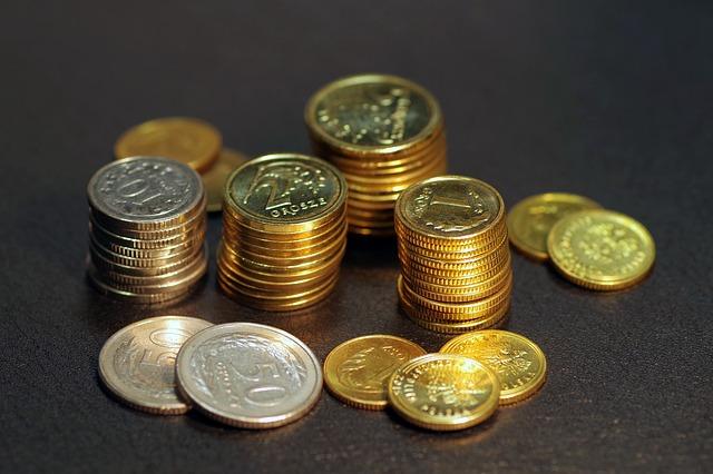 Jak znaleźć dobrą firmę oferującą tanie pożyczki online