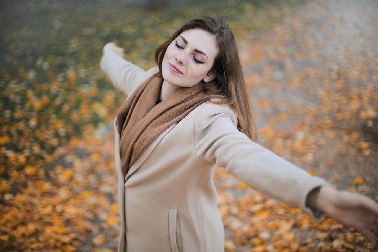 Kolorowa jesień z marką Esprit