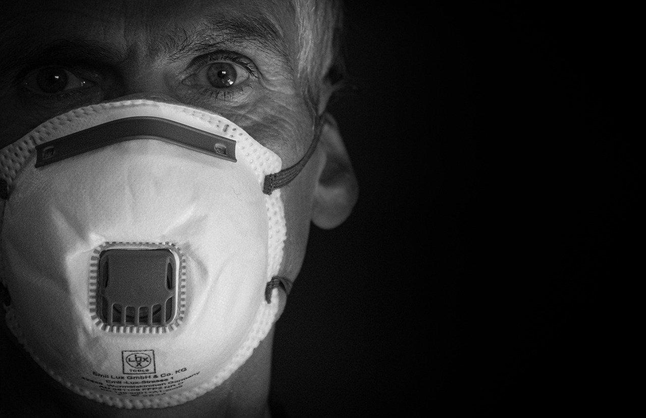 Ochrona pracowników przed koronawirusem. Co wybrać?